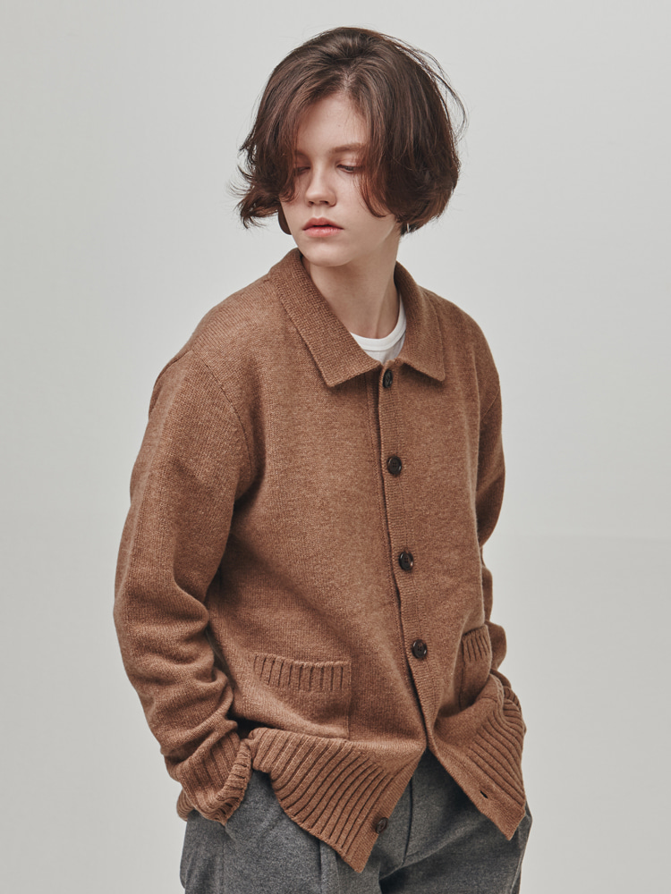 W. P. C (Brown)ESFAI(에스파이)