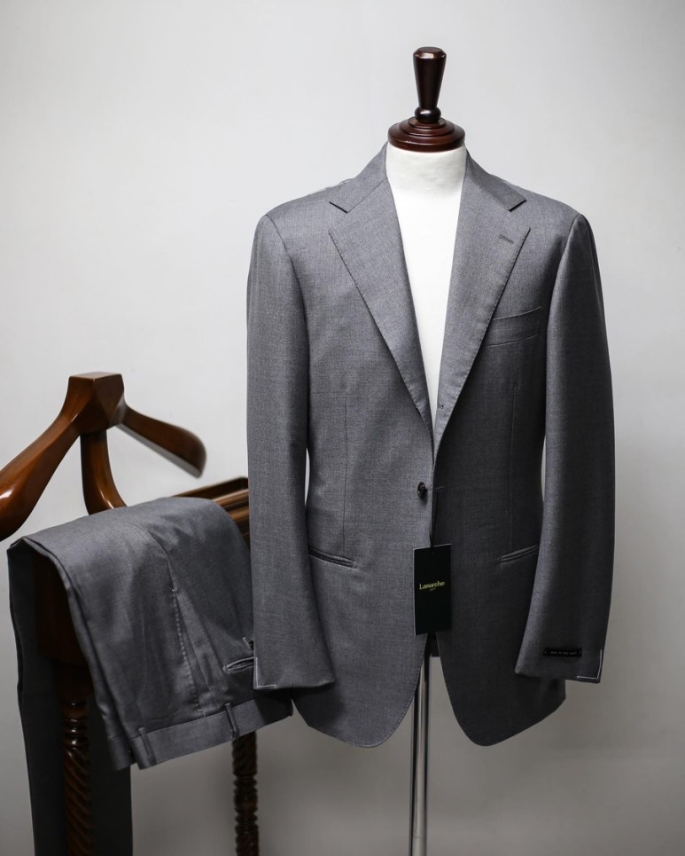 20 S/S Light Grey SUITLamarche Napoli라마르쉐 나폴리