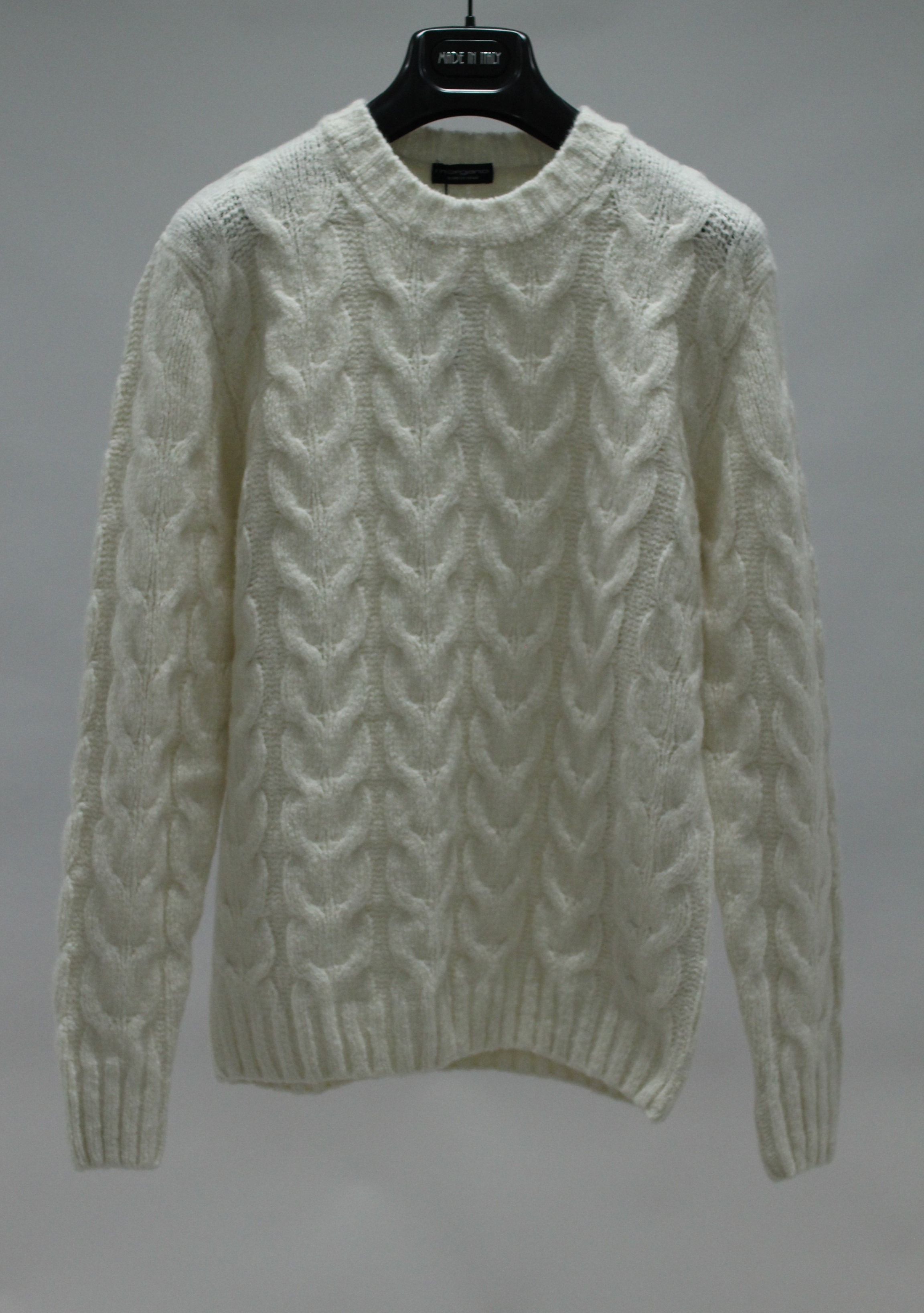 20FW WOOL/CASH blended cable sweater Ecru whiteMorgano(모르가노)8/13 까지 입점기념 15%세일