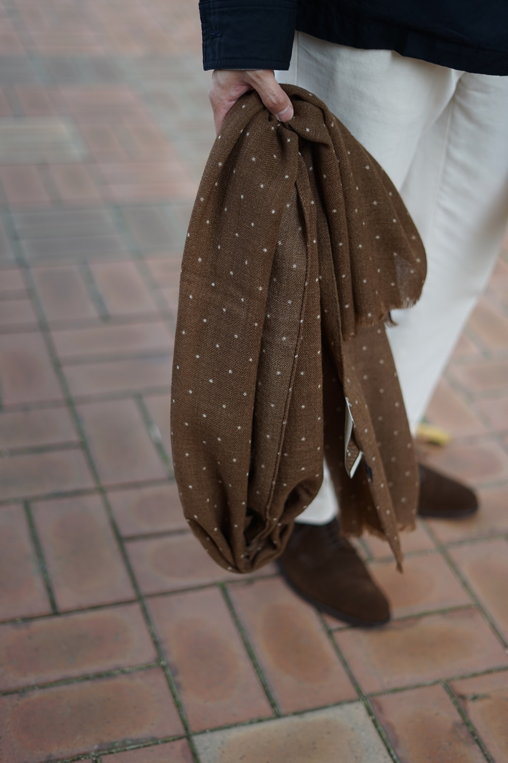 Dot Wool Scarf brownAMFEAST(암피스트)